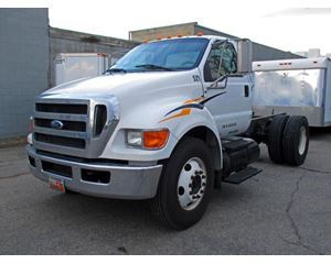 Ford F-750 Medium Duty Cab & Chassis Truck