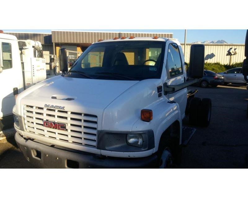 2005 Gmc Topkick C5500 Medium Duty Cab  U0026 Chassis Truck For Sale
