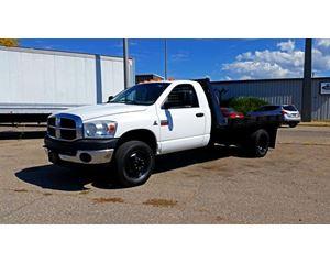 Dodge RAM 3500 Flatbed Truck