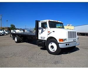 International 4700 Flatbed Truck