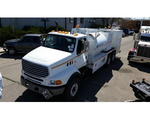 Sterling L8500 Fuel / Lube Truck