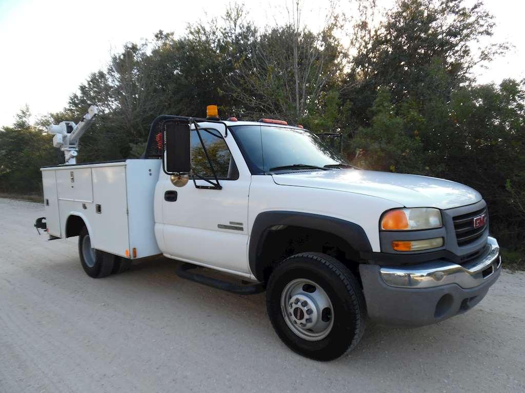 2006 gmc 3500 drw duramax diesel utility for sale 57 046 miles lake placid fl 20172077. Black Bedroom Furniture Sets. Home Design Ideas