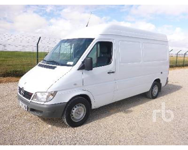 Used benz sprinter van for sale in autos weblog for Used mercedes benz trucks for sale in germany