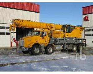 Kenworth T800B Bucket / Boom Truck