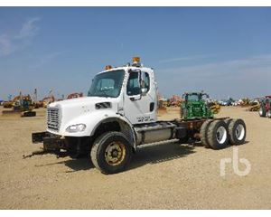 Freightliner M2112V Cab & Chassis Truck