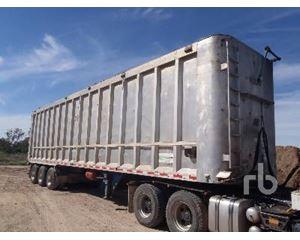 Freighter 13.6 M Tri/A Chip Trailer