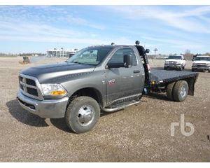 Dodge 3500 RAM Flatbed Truck