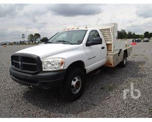 Dodge 4000 Flatbed Truck