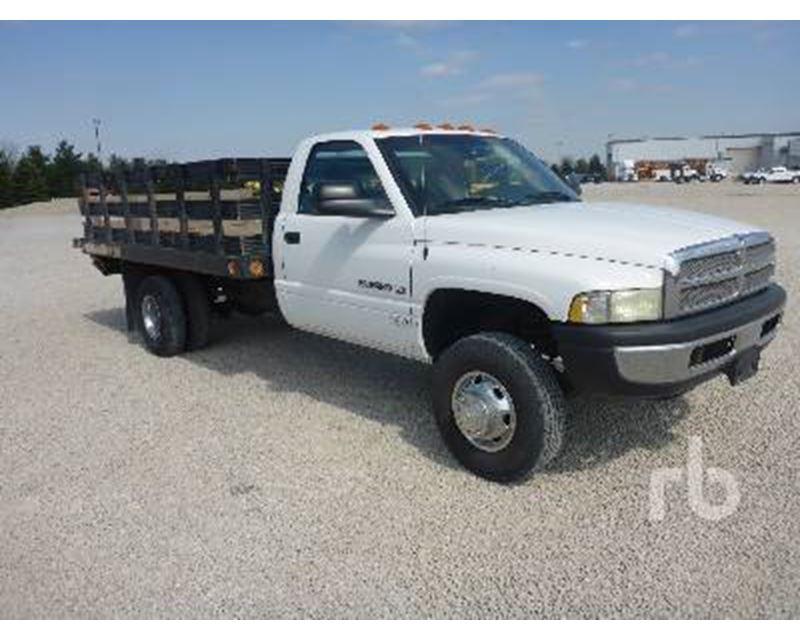2002 dodge ram 3500 flatbed truck for sale morris il. Black Bedroom Furniture Sets. Home Design Ideas
