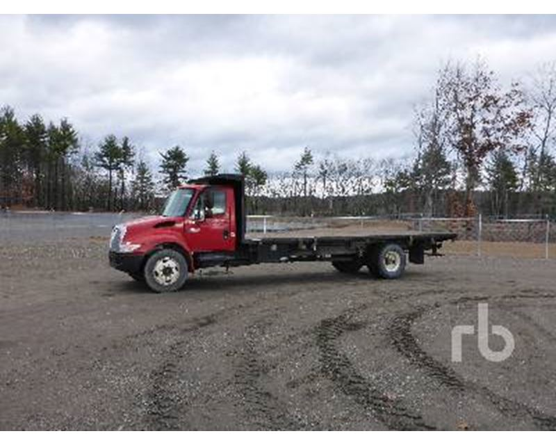 2002 international 4300sba flatbed truck for sale hooksett nh. Black Bedroom Furniture Sets. Home Design Ideas