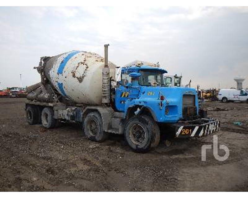 Ready Mix Concrete : Ready mix concrete trucks bing images