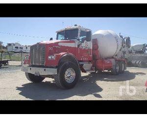 Kenworth W900 Mixer Truck
