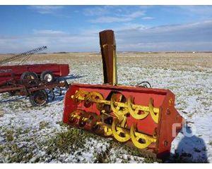 FARM KING 960 Snow Removal Equipment