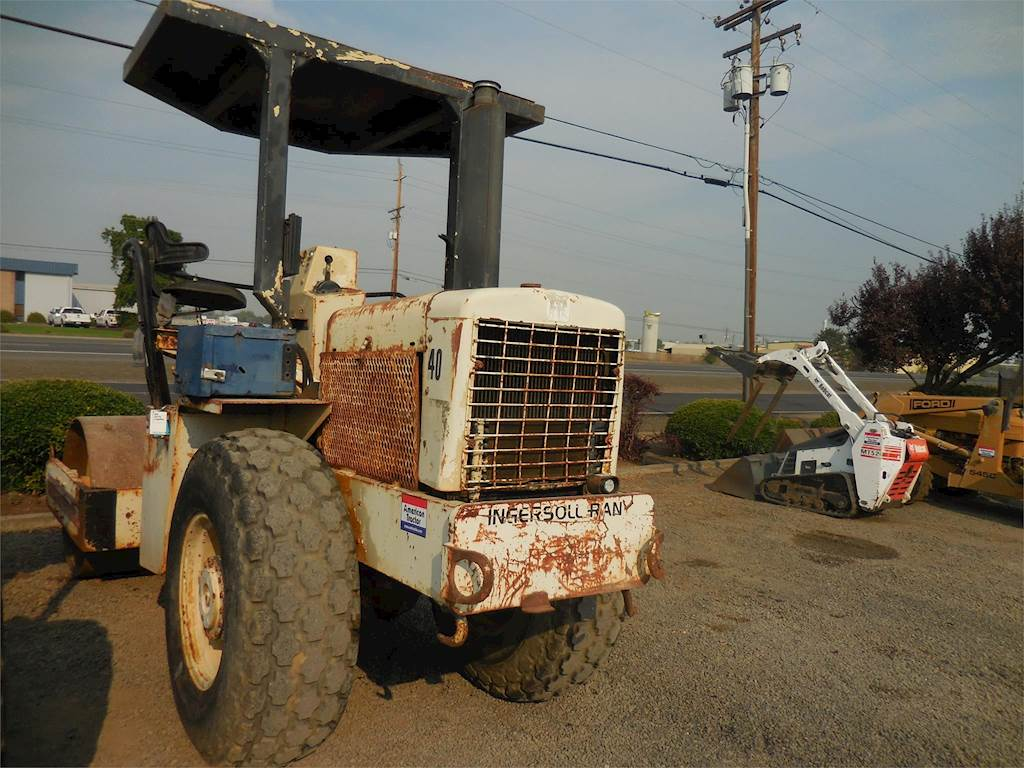 1982 Ingersoll-Rand SP42 Smooth Drum Roller Compactor For Sale ...