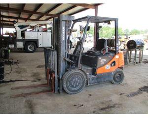 Doosan G25E-5 Mast Forklift