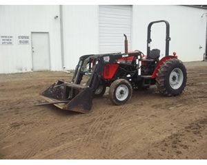 Massey Ferguson 451 Tractors - 40 HP to 99 HP