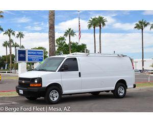 Chevrolet EXPRESS 2500 Box Truck / Dry Van