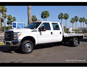 Ford F-350 Super Duty Cab & Chassis 4X4