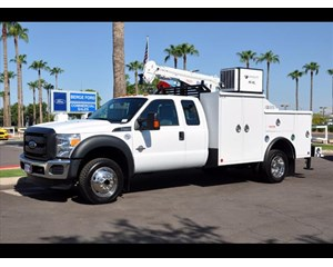 Ford F-550 4x4 Crane Cab & Chassis 4X4