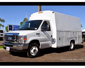 Ford E-350 Harbor Workmaster Dry Van Trailer