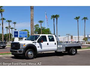 2016 Ford F-550 Crew Cab 4X4 Hauler/ Flat/ Platform Bed