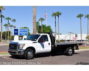 2016 Ford F350 Reg Cab Flat Bed / Platform Deck
