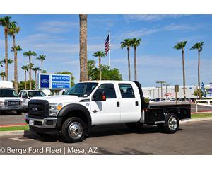 2016 Ford F-450 Crew Cab 4X4 Hauler/ Flat/ Platform Bed