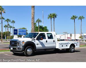 2016 Ford F-450 Crew Cab Hauler/ Flat/ Platform Bed
