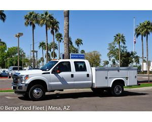 Ford F-350 Crew Cab 4X4 Service Body / Utility Truck