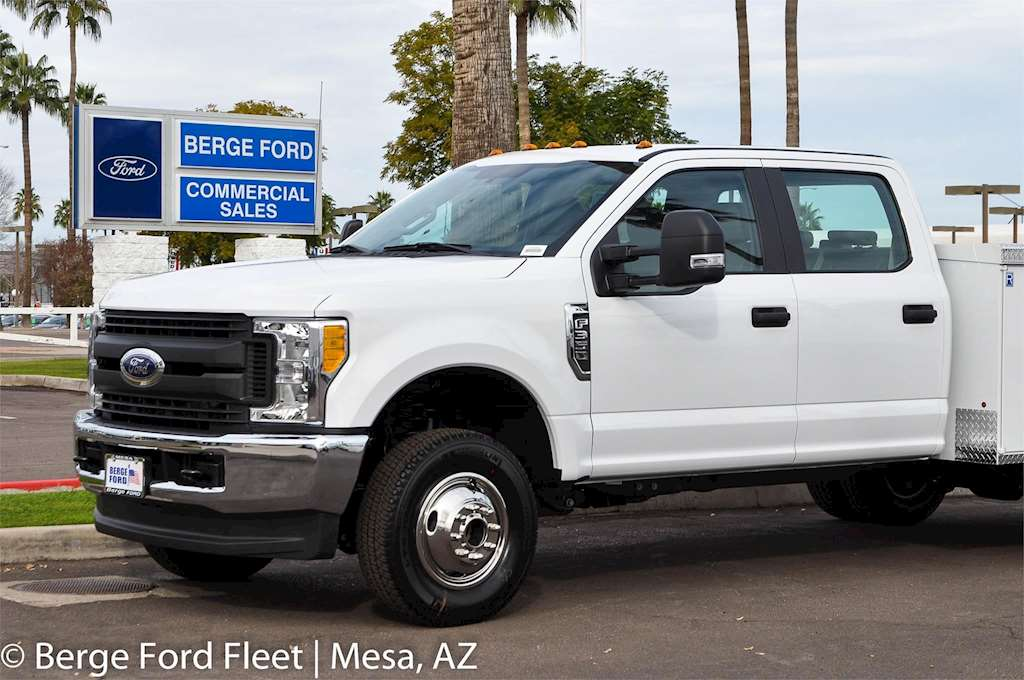 2017 ford f 350 crew cab 4x4 service utility truck body for sale 17 miles mesa az 17p061. Black Bedroom Furniture Sets. Home Design Ideas