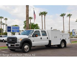 2016 Ford F-450 Crew Cab 4X4 Welder Service Body