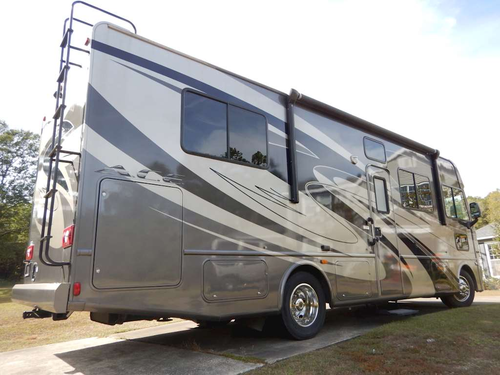 2012 thor motor coach 29 2 bus for sale 12 114 miles for Motor coaches with 2 bedrooms