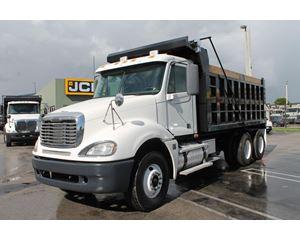 Freightliner COLUMBIA 120 Heavy Duty Dump Truck