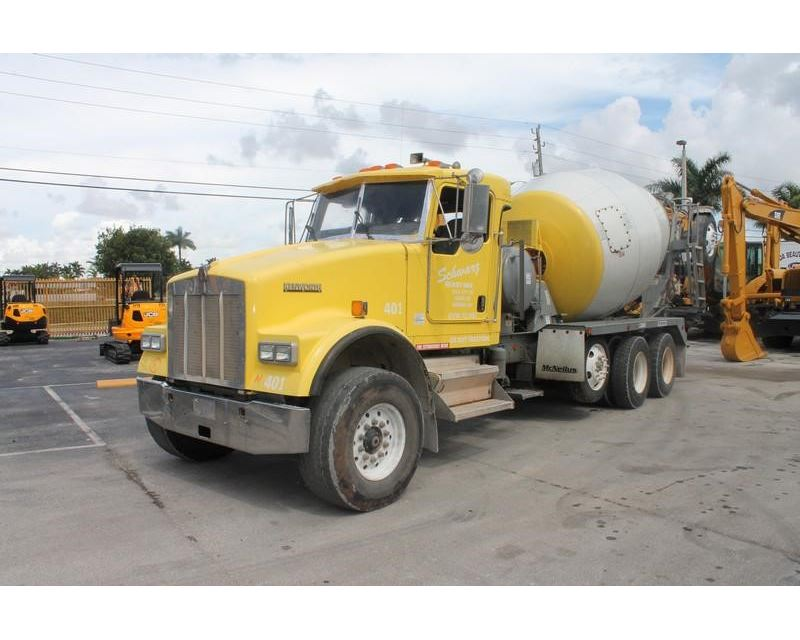 2004 Kenworth W900 Mixer Ready Mix Concrete Truck For
