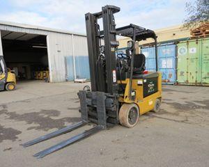 Caterpillar E5500-AC Mast Forklift