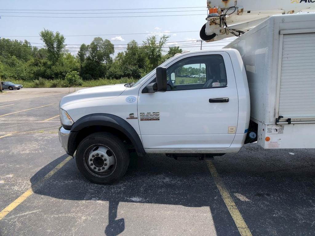 Dodge Ram 5500 >> 2015 Dodge Ram 5500 Single Axle Boom Bucket Truck Automatic Altec At248f Aerial Lift For Sale 123 812 Miles Fort Wayne In 68046628