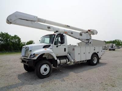 2012 International 7300 SFA Single Axle Boom / Bucket Truck - Automatic,  ALTEC AA755MH Aerial Lift