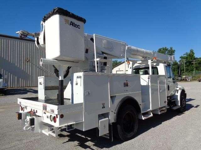 2008 international 4300 bucket boom truck for sale 28 796 miles fort wayne in 39198025. Black Bedroom Furniture Sets. Home Design Ideas