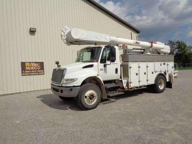 2007 international 4400 bucket boom truck for sale 151 227 miles fort wayne in 45504635. Black Bedroom Furniture Sets. Home Design Ideas