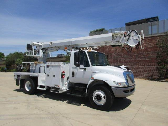 2012 International 4300 Single Axle Digger Derrick Truck, M Drive with  ALTEC DM47TR Digger Derrick For Sale, 5,478 Hours | Birmingham, AL |  64931057 |