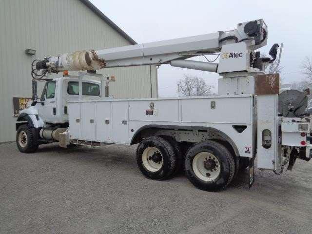 2012 international 7400 digger derrick truck for sale 28 421 miles fort wayne in 47091364. Black Bedroom Furniture Sets. Home Design Ideas