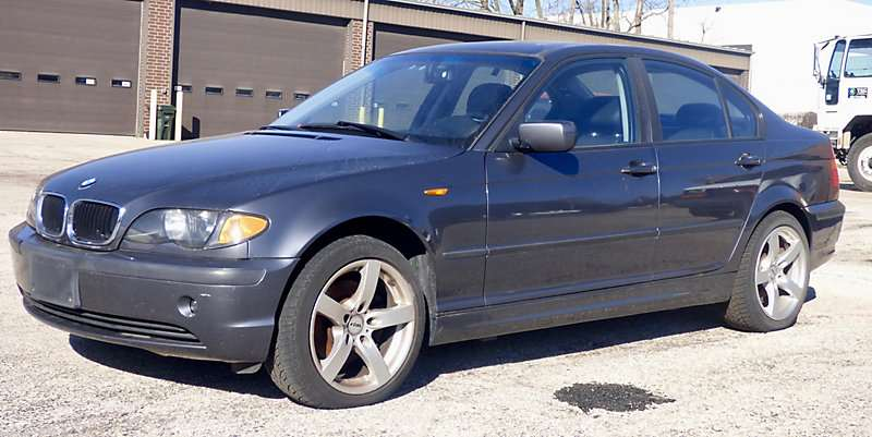 2002 bmw 325xi for sale 87 938 miles south beloit il. Black Bedroom Furniture Sets. Home Design Ideas