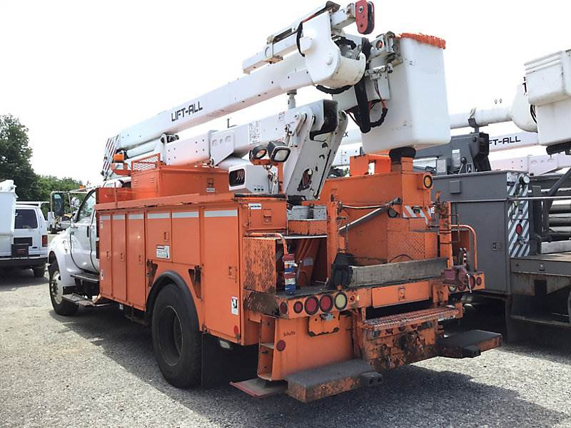 2007 Ford F-750 Boom / Bucket Truck For Sale, 81,799 Miles