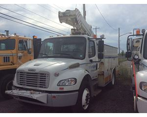 Freightliner M2 106 Cab & Chassis Truck