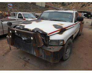 Dodge D2500 Flatbed Truck