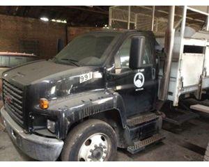 GMC C7500 Garbage Truck