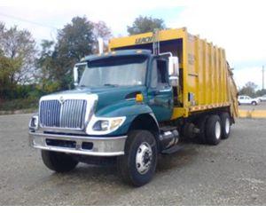 International 7400 6x4 Garbage Truck