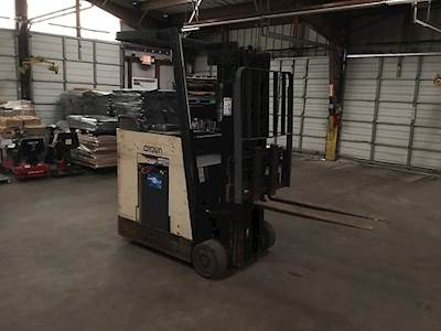 Crown RC 3000 Forklifts For Sale