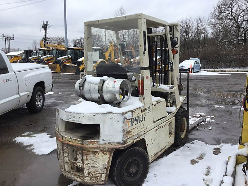 Nissan 6000# Mast Forklift For Sale, 5,587 Hours   Plymouth