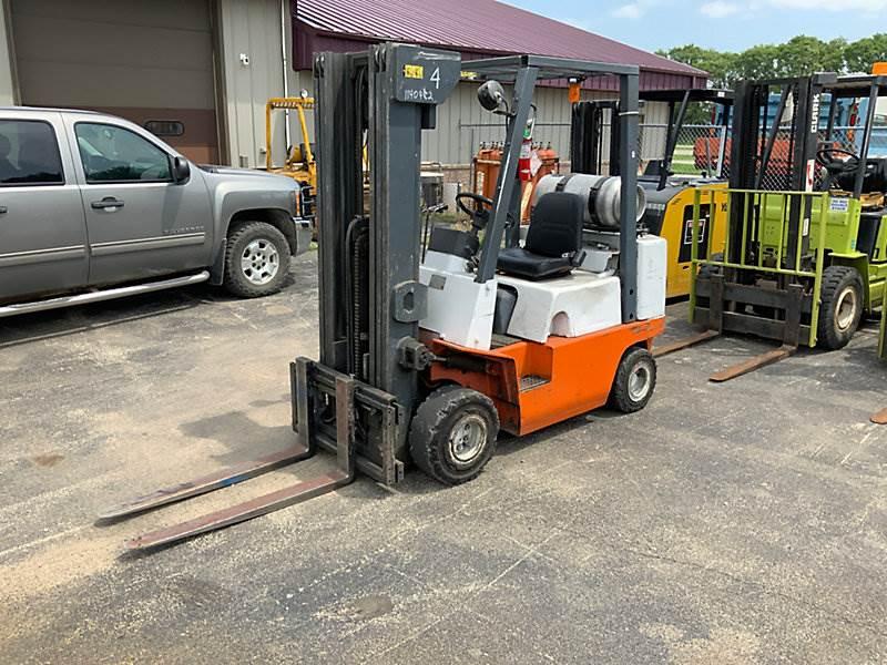Nissan APJ02A25PV, 4045# Mast Forklift For Sale, 24,586